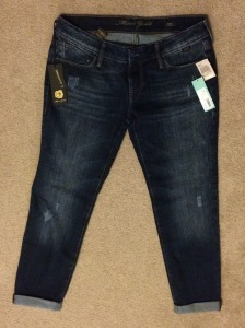 Mavi Gold Ruxin Distressed Boyfriend Jean